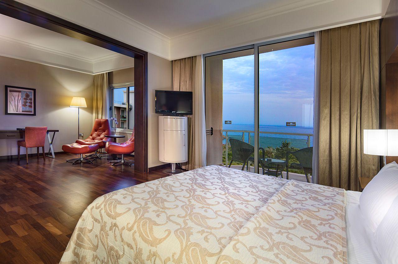 hotel acapulco resort convention spa & casino in catalköy